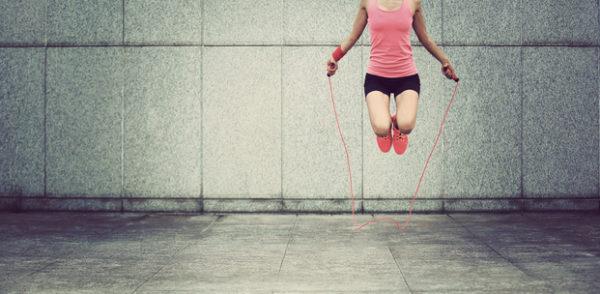 縄跳びダイエット方法はお腹や太ももに効果ある?1週間でどのぐらいでる?メニュー、飛び方は?